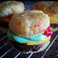 Sweet Cheeseburger Cupcakes