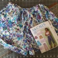 Drawstring Shorts: McCall's 7364