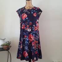 Cap Sleeved Raglan Dress- McCall's 7122